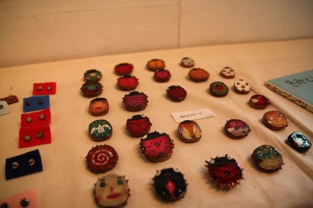 Bamboo brooches